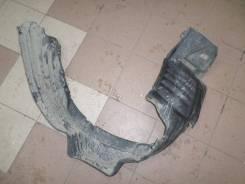 Защита крыла передняя правая Toyota Estima MCR40 б/у 53875-28060