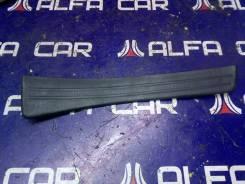 Накладка порога Toyota RAV4, правая задняя