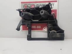 Кронштейн заднего бампера (правый) [4G5807394] для Audi A6 C7