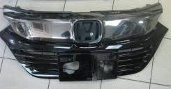 Решётка радиатора Honda Vezel