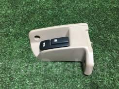 Ручка открытия багажника Toyota Camry [64640-32090-B4], правая передняя