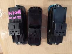 Блок управления стеклоподъемниками. Daihatsu Terios, J100G, J102G, J122G, J200G, J210G Daihatsu YRV, M200G, M201G, M211G Daihatsu Terios Kid, 111G, J1...