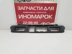 [арт. 478474] Накладка крышки багажника (подсветки номера) для Geely Atlas