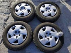 "Комплект колес зима Blizzak 195/70 R15 на штамповках с колпаками. 5.5x15"" 5x114.30 ET55 ЦО 65,0мм."