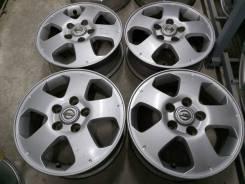 """Оригинальные литые диски Nissan 15"""" (5*114.3) 5.5j et+45 цо66.1мм"""