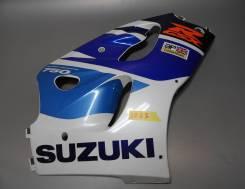 Пластик передний боковой правый Suzuki GSX-R 750 94471-33E00