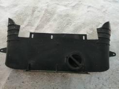 Пыльник радиатора Dodge Durango I