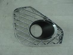 Решетка радиатора нижняя левая наружная Bentley Continental GT