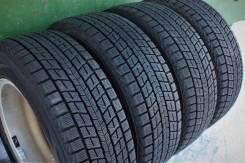 Dunlop Winter Maxx. зимние, 2013 год, б/у, износ до 5%