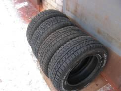 Dunlop SP Winter Ice 01. зимние, шипованные, 2014 год, б/у, износ 10%