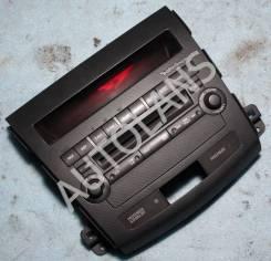 Панель управления магнитолой Mitsubishi Outlander XL