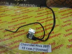 Клапан вакуумный Chevrolet Niva Chevrolet Niva 2011