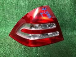 Задний фонарь. Mercedes-Benz C-Class, W203, W203.004, W203.006, W203.007, W203.008, W203.016, W203.018, W203.020, W203.035, W203.040, W203.042, W203.0...
