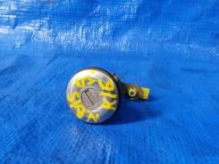 Личинка замка крышки багажника Sunny B15 / Bluebird U14