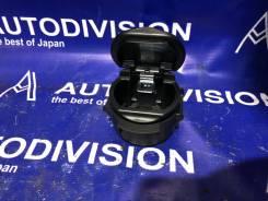 Пепельница. Suzuki Escudo, TA74W, TD54W, TD94W Suzuki Grand Vitara, TA04V, TA0D1, TA44V, TA74V, TA7D1, TAA4V, TD041, TD042, TD044, TD047, TD04V, TD0D1...