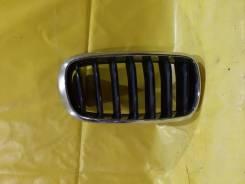 Решетка радиатора правая BMW X5 (2014 - 2018)