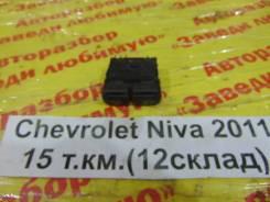 Кнопка включения противотуман фар Chevrolet Niva Chevrolet Niva 2011