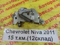Замок капота Chevrolet Niva Chevrolet Niva 2011