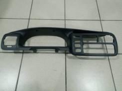 Накладка на панель приборов Chevrolet Tracker 2000 года