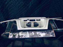 Накладка на дверь багажника. Toyota Hiace Regius, KCH46G, KCH46W, RCH47W