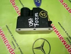 Компрессор центрального замка Mercedes W124 W201 (A0008001148)