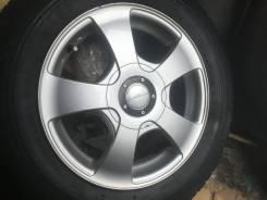 Продам комплект отличных литых дисков с универсальной сверловкой R15