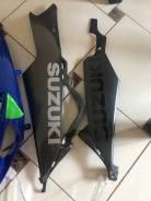 Нижний боковой пластик suzuki gsx-r 600/750 k6-k7