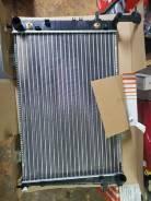Радиатор охлаждения двигателя. Hyundai ix35 Hyundai Tucson Kia Sportage, JA FET