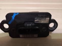 Датчик расхода воздуха Toyota Celsior UCF21 1UZ FE