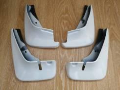 Брызговики Комплект Toyota Probox 02-19гг, Succeed 02-19гг (белые)