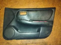 Обшивки дверей Nissan Bluebird U14