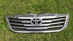 Решетка Toyota Hilux 2012 7-gen
