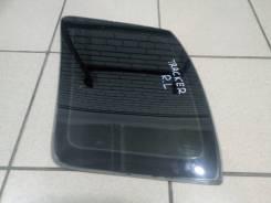 Стекло собачника левое Chevrolet Tracker 2000 года