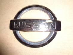 Эмблема Nissan 90890AX600