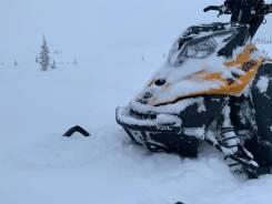 BRP Ski-Doo Summit SP