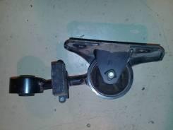 Опора двигателя (подушка двс) Toyota Alphard; Estima, правая