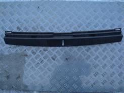 Накладка замка багажника Toyota Fielder 2006