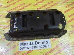 Пластина поддона Mazda Demio Mazda Demio 31.05.2001