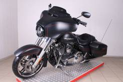 Harley-Davidson Street Glide FLHX, 2013