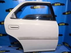 Дверь задняя правая дверь Toyota Cresta GX105 рестайл 72