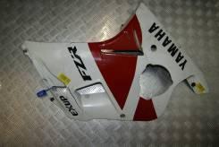 Пластик боковой Yamaha FZR250R