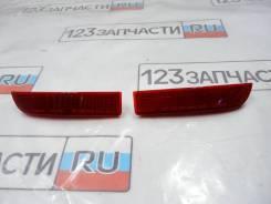 Катафот в задний бампер правый Toyota Avensis III ZRT272