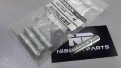 Шпилька коллектора Nissan 14064-N420A (оригинал)