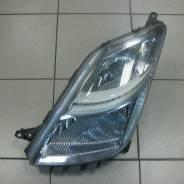 Фара Toyota Prius L xenon