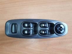 Блок управления стеклоподъемниками. Hyundai Accent, LC2