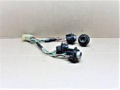 Контактная группа патронов ламп заднего фонаря - Toyota Hiace )