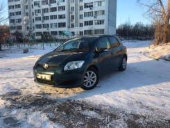 Аренда Toyota Auris Аурис 2009 1.5 900 р/сут в Хабаровске