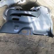 Обшивка багажника правая Mazda MPV LW3W