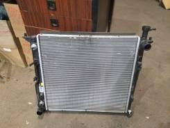 Радиатор охлаждения двигателя. Hyundai Santa Fe, TM