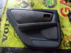 Обшивка двери задняя левая Toyota Mark II GX100, 1GFE